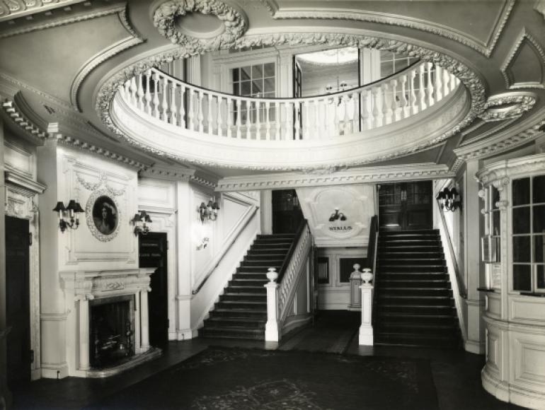 Foyer Of The Aldwych Theatre Theatres Trust